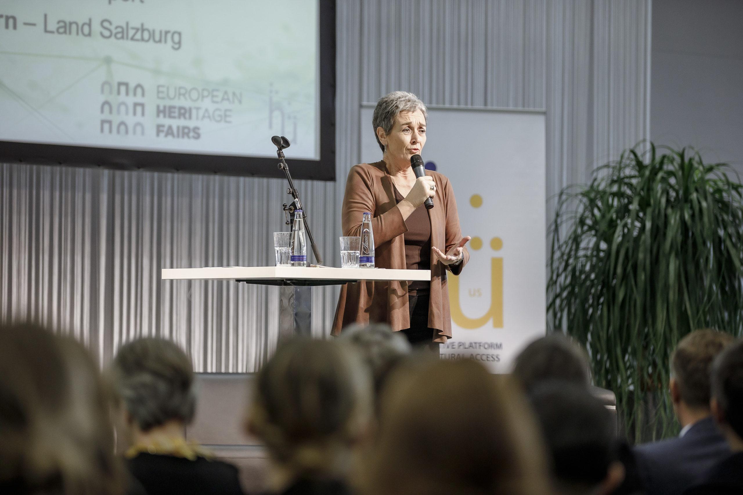 Eröffnung durch Staatssekretärin Mag. Ulrike Lunacek ©Habring