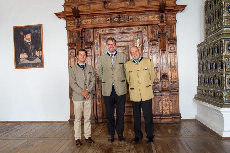 Dr. Emanuel Prinz von und zu Liechtenstein, Alexander Graf Kottulinksy, Mag. Andreas Graf Bardeau ©Schlösserstraße