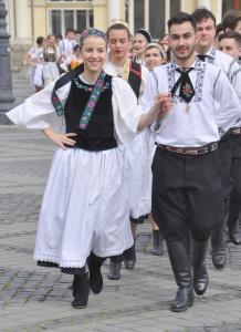 Foto 2 Volkstanz in Sibiu